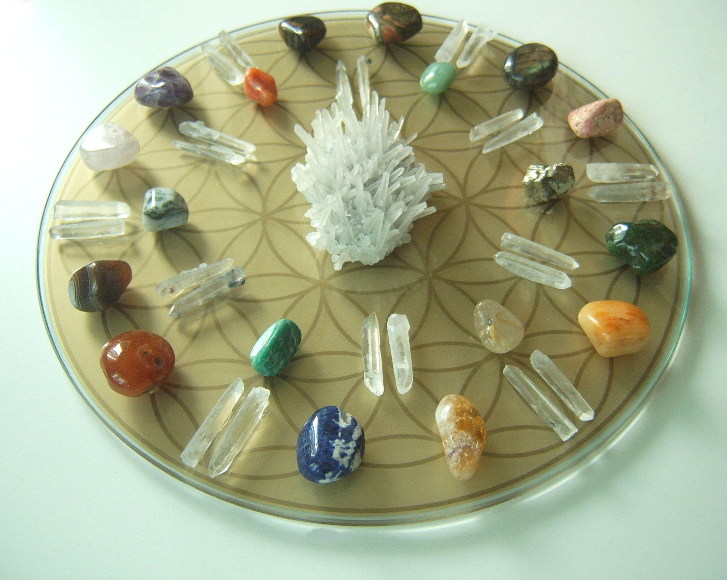 кристална мандала 14